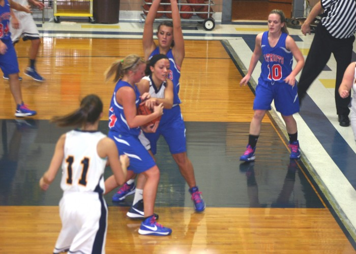 BD women prevail over Bobcats