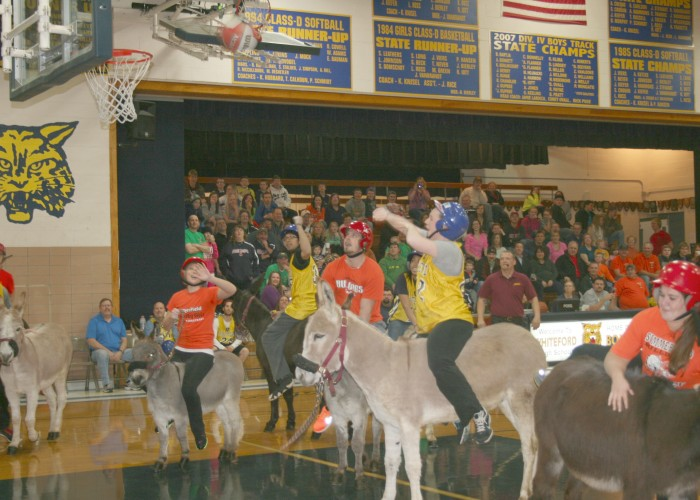 Hee-haw! Donkey basketball game raises funds for Whiteford After Prom